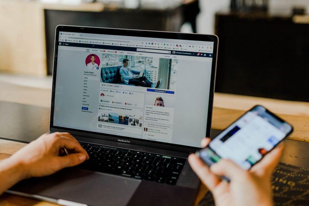 Hur påverkas vi av sociala medier?